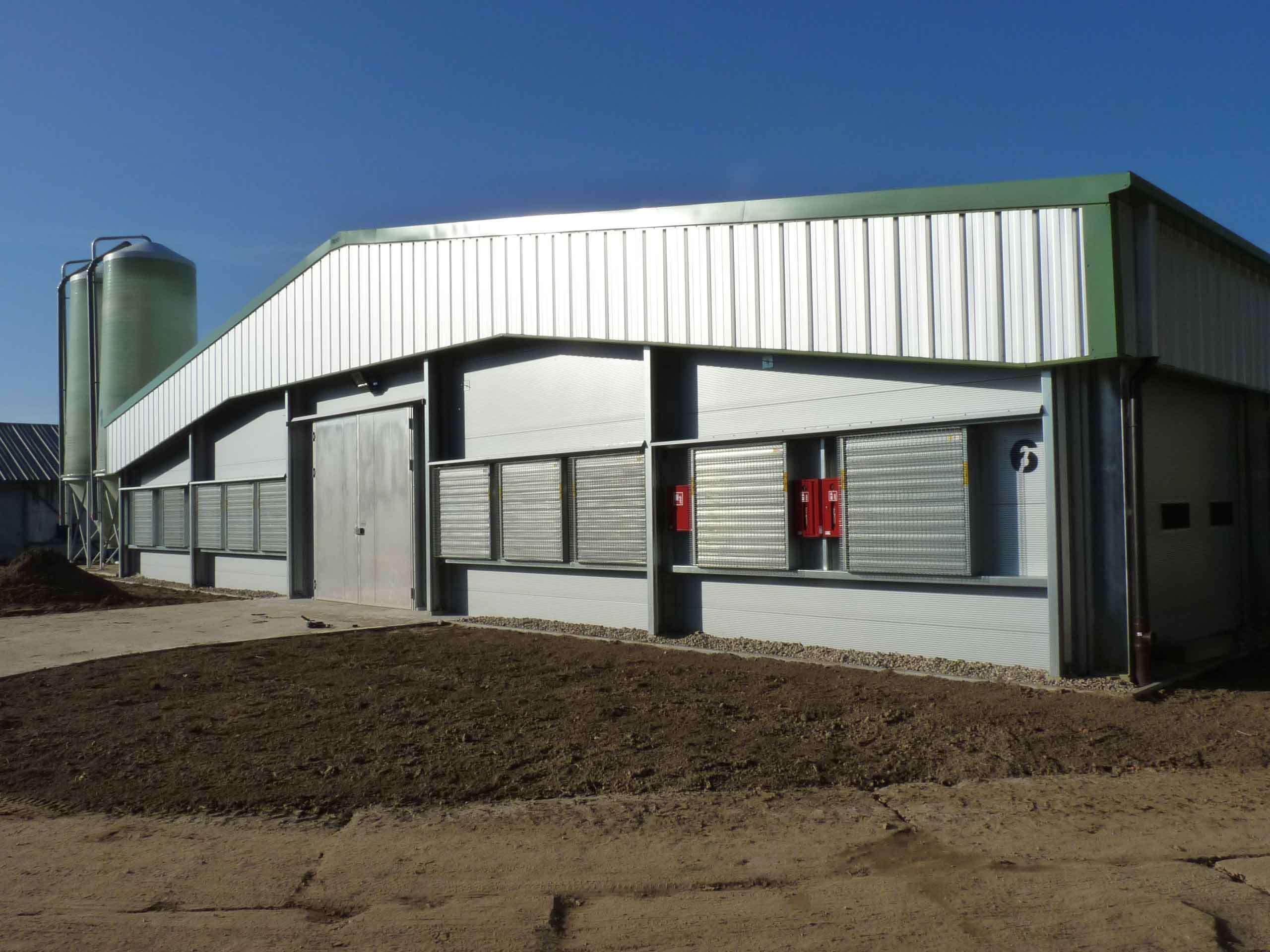 PRO-series-Landbouwgebouw-Pluimveestal-Staalbouw-Frisomat